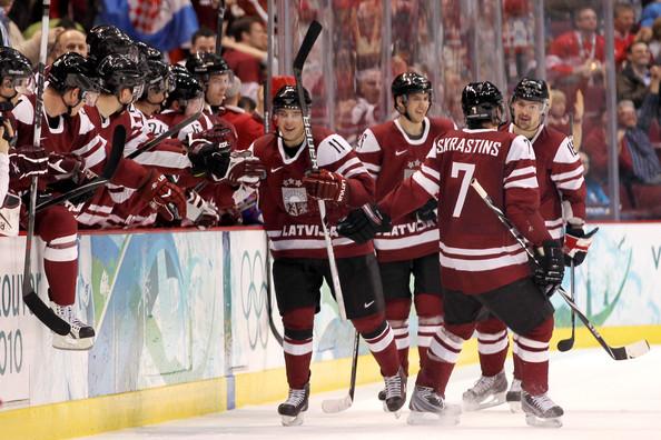 Lettonia, la nazionale di hockey investe mezzo milione di dollari sui lombrichi