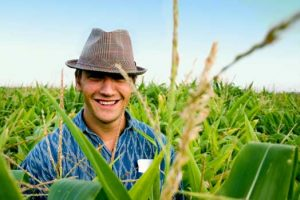 giovane-agricoltore